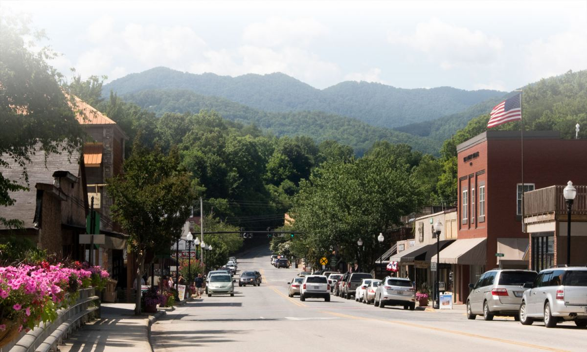 Everett St. in Bryson City with Smoky Mountains in background