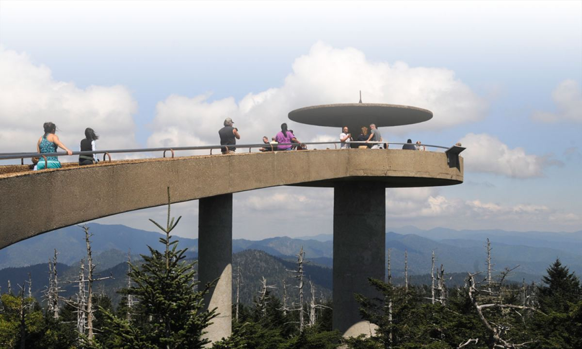 clingmans dome tower with mountain view