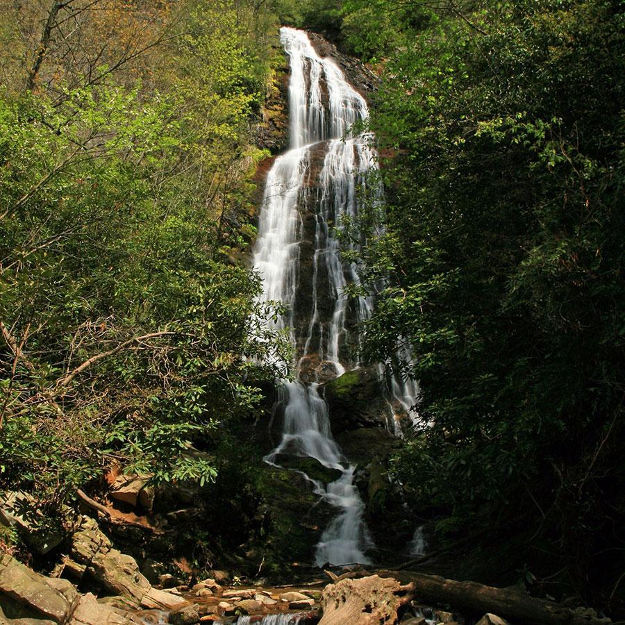 Things To Do In Cherokee Nc >> Waterfalls Near Cherokee Nc Mingo Falls Soco Falls